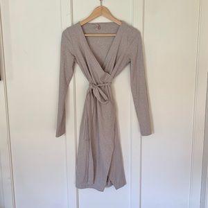 Dresses & Skirts - Lilac grey wrap dress
